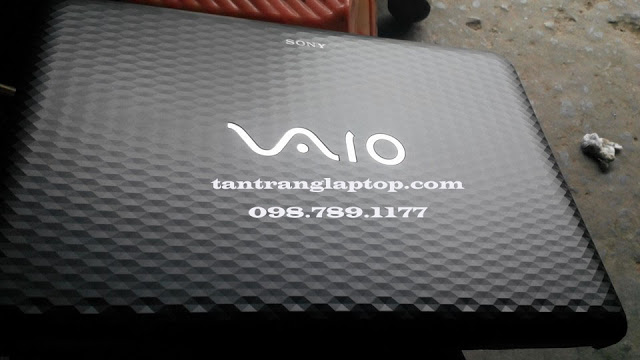 Tân trang laptop Hữu Tín – Chuyên tân trang sơn tút laptop các loại , hàn nhựa bể và macbook bị móp